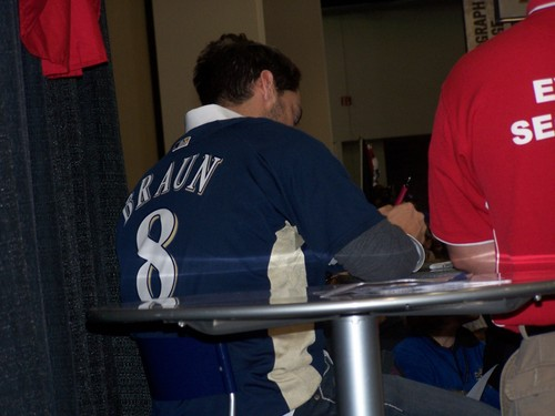 Braun signing @ On Deck 09 001.jpg
