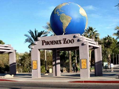 Phoenix Zoo's Main Entrance.jpg