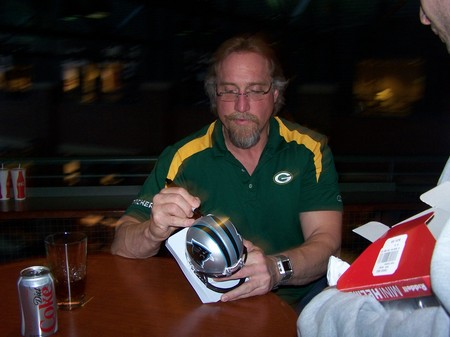 Kevin Greene @ Packers Fan Fest 031309 001.jpg
